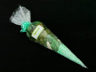 Do you like green? If so this green themed sweet party cone bag is perfect for you - ideal for parties or sweet gifts
